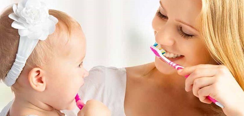 Bebekler Ne Zaman Diş Fırçalanır?